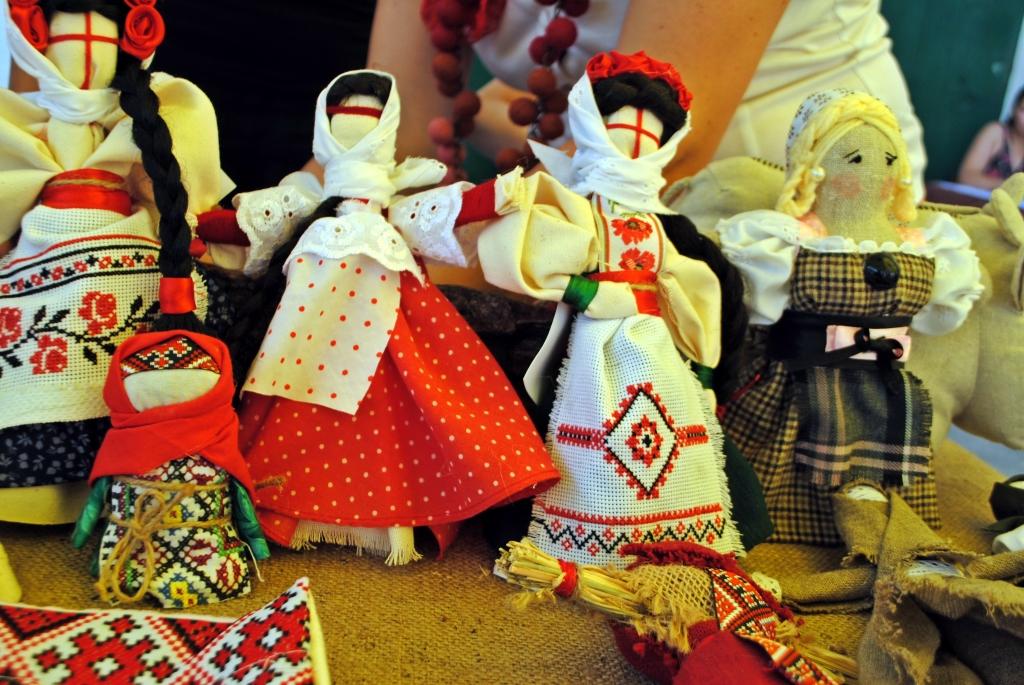 Благодійна виставка-продаж робіт митців Білої Церкви, 16.08.2014